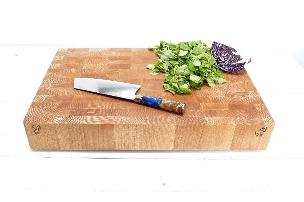 an end grain chopping board